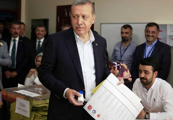 اردوغان خلال ادلائه بضوته الأحد