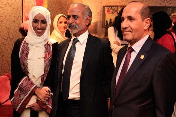 سفير الإمارات في لندن، ونهيان بن مبارك والمخرجة نهلة الفهد