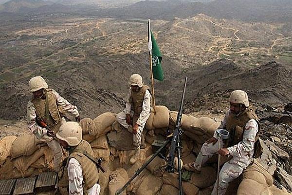مجموعة من الجنود المرابطيين على الحدود السعودية اليمنية