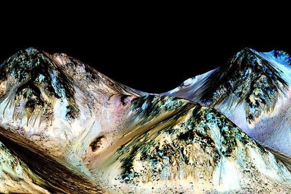 شاب نيبالي له الفضل باكتشاف المياه على المريخ