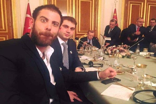 إعتذارات وتبريرات... سيلفي مع أردوغان تثير بلبلة!