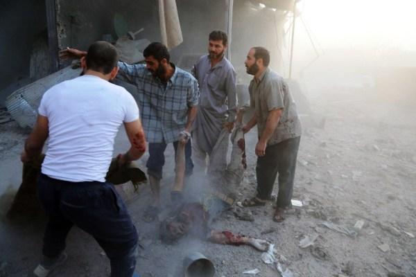غارات النظام السوري والروسي لا تستثني أحدا في حلب
