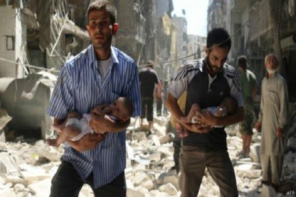 عائلات تفر من شرق حلب