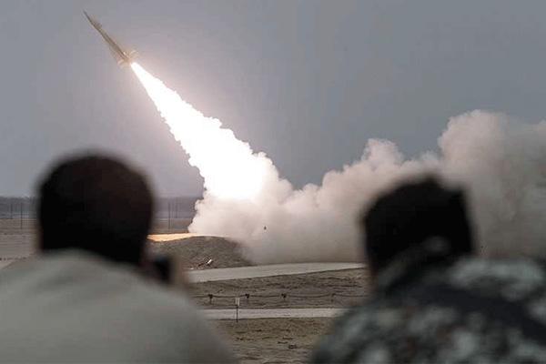 لقطة لإطلاق صاروخ (تلاش)