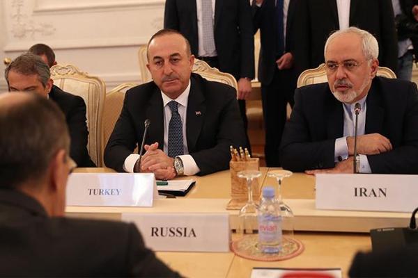 استفراد الروس بالمشهد السياسي هو ما يُقلق الإيرانيين والنظام