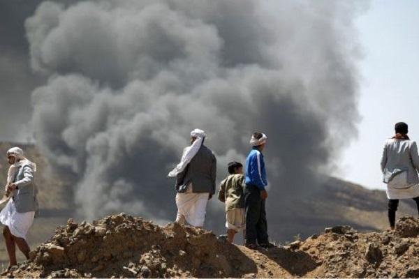 الاشتباكات محتدمة بين الجيش الوطني والحوثيين