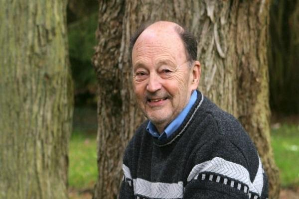 الكاتب الفرنسي ميشال تورنيي