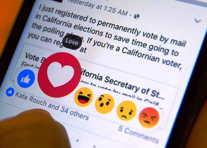 أزرار فايسبوك الجديدة للتعبير عن الاعجاب والغضب والضحك