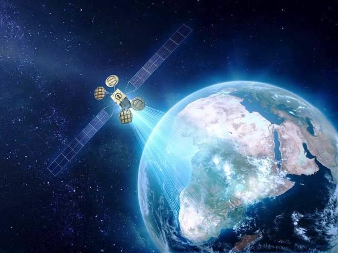 قمر AMOS-6 الاسرائيلي سيساهم في توفير الانترنت لـ 14 دولة أفريقية