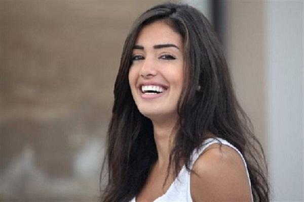 الإعلامية اللبنانية جيسيكا عازار