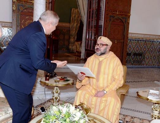ناصر جودة يسلم عاهل المغرب رسالة من الملك عبد الله الثاني