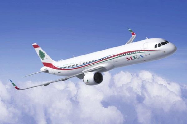 صورة لطائرة تابعة لشركة طيران الشرق الأوسط