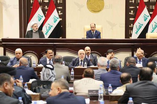 العبادي: لا حوار مع سلطات الاقليم قبل الغائها نتائج الاستفتاء