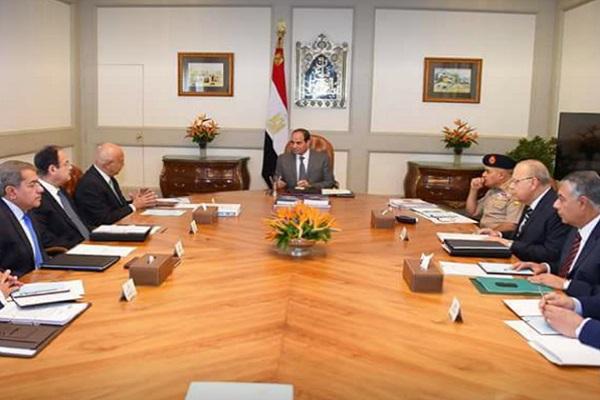 الرئيس المصري عبد الفتاح السيسي يترأس اجتماعا لبحث تطورات الجهود المصرية لإنهاء الانقسام الفلسطيني