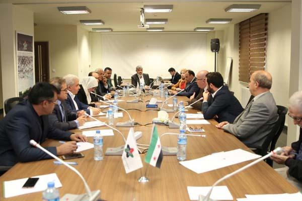 مبعوث بريطاني يبحث مع المعارضة السورية مؤتمر الرياض