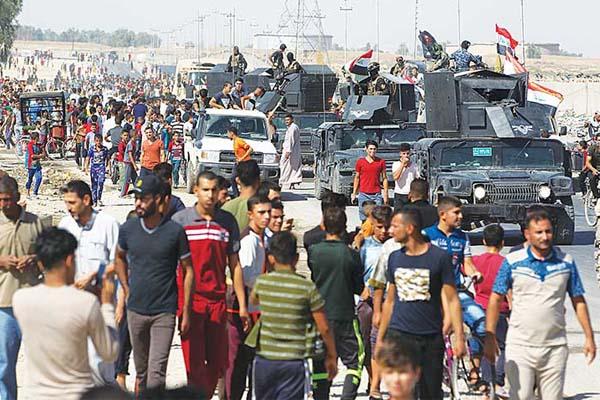 القوات العراقية لدى دخولها الى كركوك