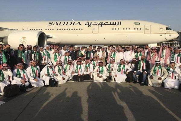 الوفد السعودي التجاري لدى وصوله الى بغداد