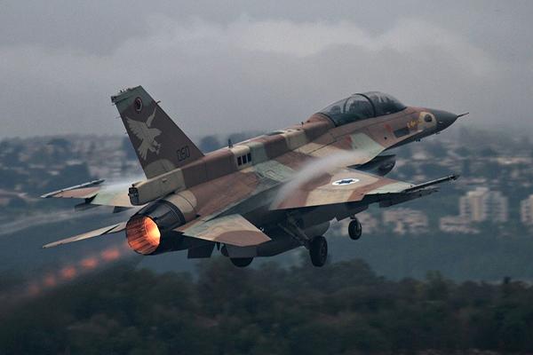 الطائرات الإسرائيلية