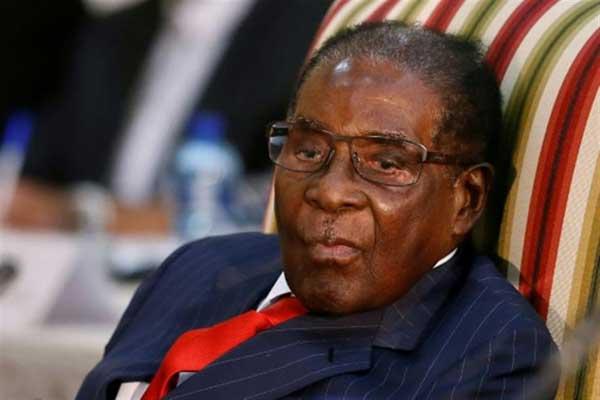 فضيحة بعد تعيين موغابي سفيرا للنوايا الحسنة لمنظمة الصحة العالمية