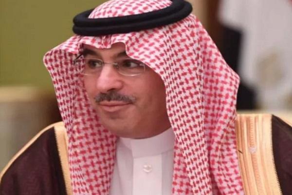 وزير الثقافة والإعلام الدكتور عواد بن صالح العواد