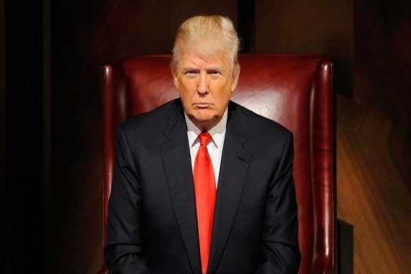 الرئيس الأميركي يبرّئ موسكو من أي تهمة تدخل