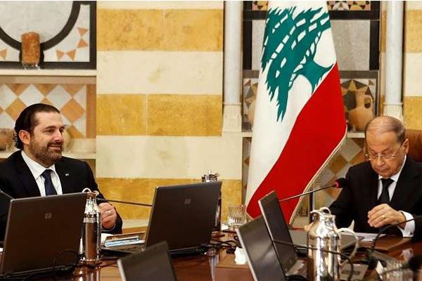 مصادر: الرئيس اللبناني لم يقبل استقالة الحريري بعد