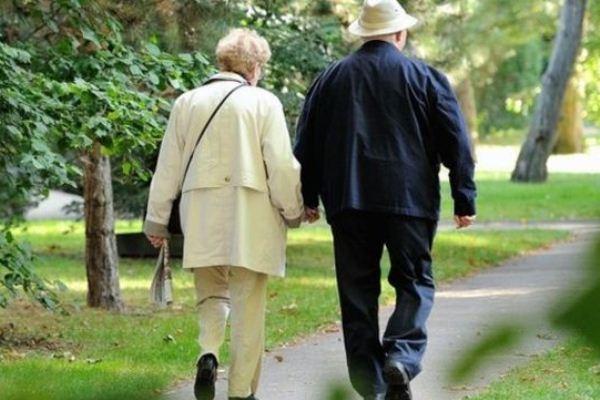 أزمة الشيخوخة دفعت العديد من البلدان إلى التجديد والابتكار في ايجاد حلول