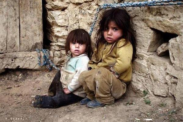 الجوع يهدد أطفال الغوطة الشرقية