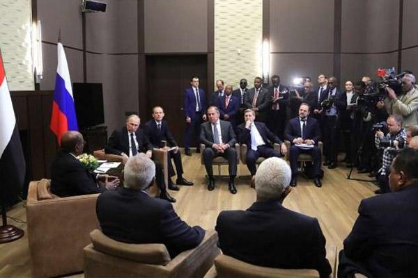 جانب من محادثات بوتين والبشير
