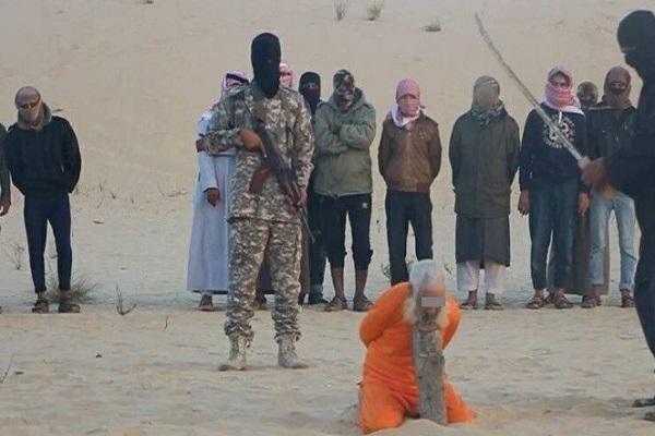 داعش سبق أن قطع رأس شيخ صوفي في سيناء