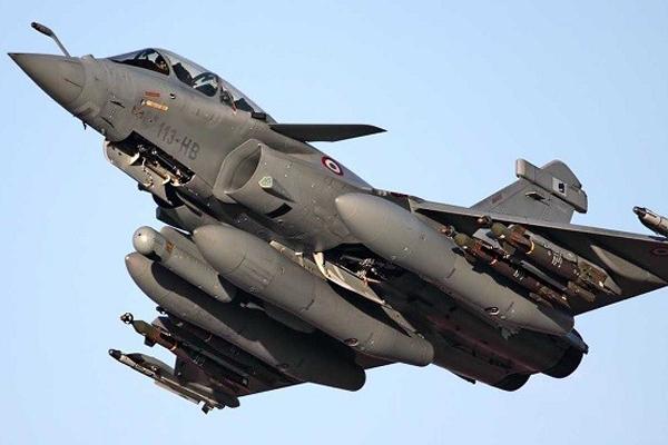 طائرة مقاتلة من طراز رافال