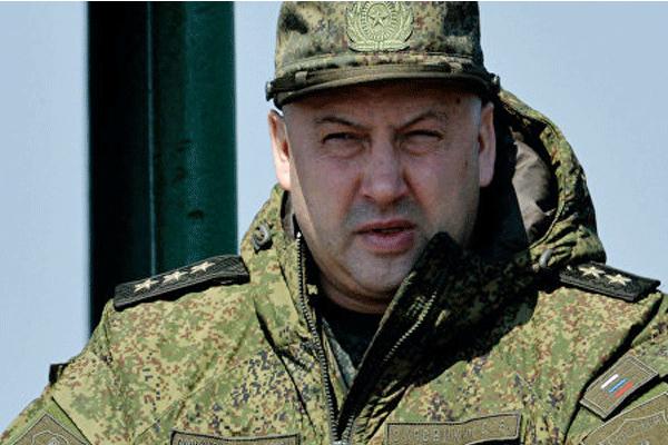 الجنرال سيرغي سوروفيكين