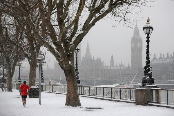تحذير للبريطانيين من انخفاض درجات الحرارة