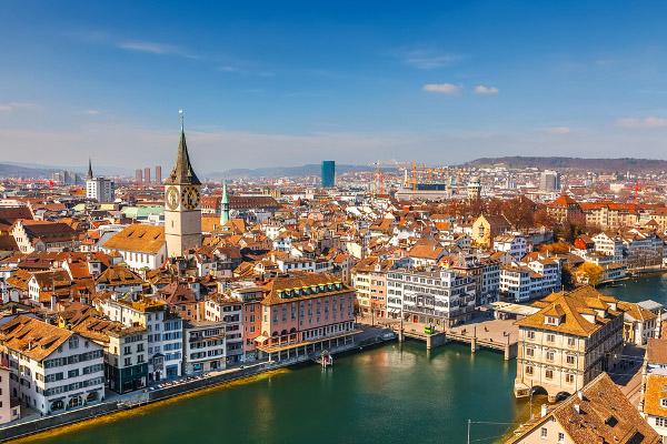 سويسرا أفضل بلد باستدراج المواهب