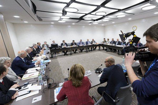 دعم دولي بعد توحيد وفد الهيئة العليا للمفاوضات إلى جنيف