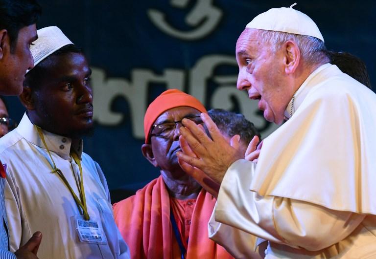 البابا يستخدم كلمة