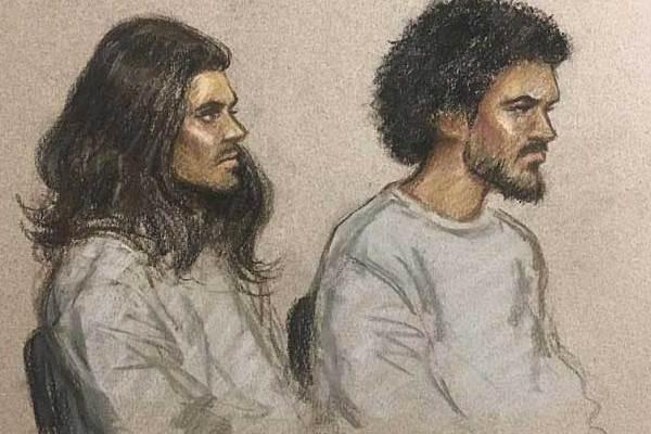 رسم للمتهمين أمام محكمة ويستمنستر (رسم جوليا كوينزيلر)