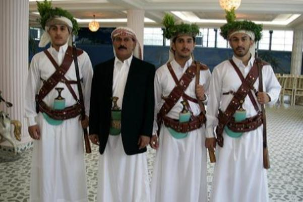 جماعة الحوثي تقول إنها اعتقلت بعض أبناء صالح