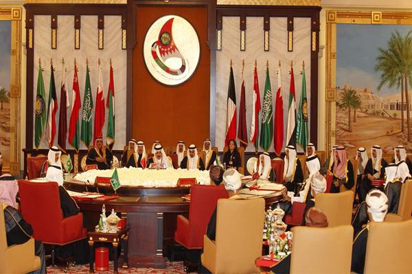 قمة الكويت تنعقد اليوم