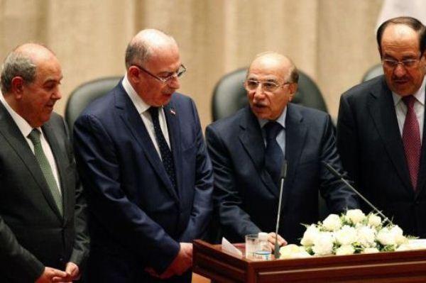 نواب الرئيس العراقي الثلاثة يؤدون القسم لدى تسلمهم مناصبهم