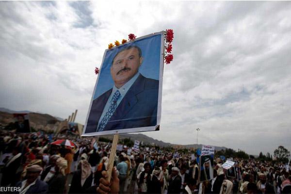 الحوثيون يطلبون دفن صالح دون مراسيم جنائزية رسمية