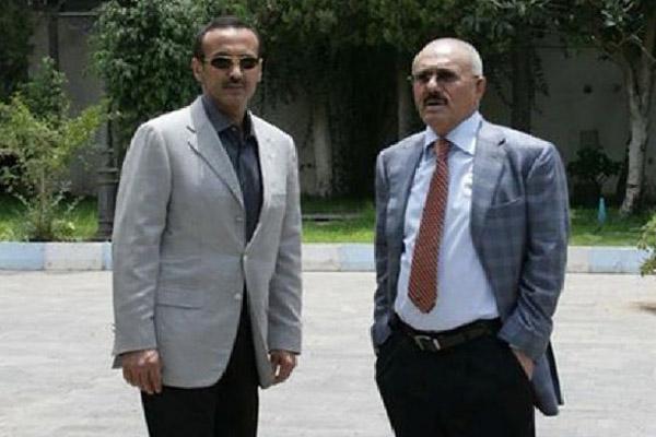 علي عبدالله صالح مع نجله أحمد