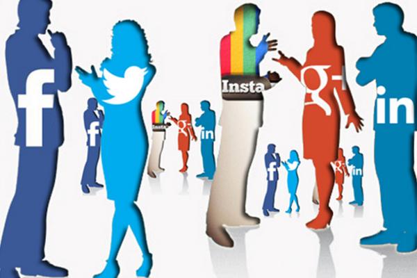 تأثير وسائل التواصل الإجتماعي