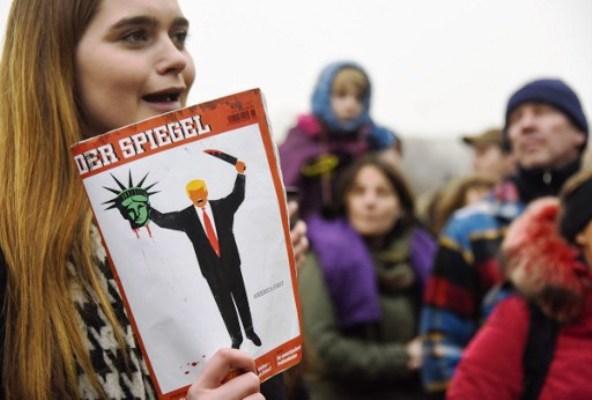 التظاهرات المناوئة لمرسوم ترامب حول الهجرة مستمرة