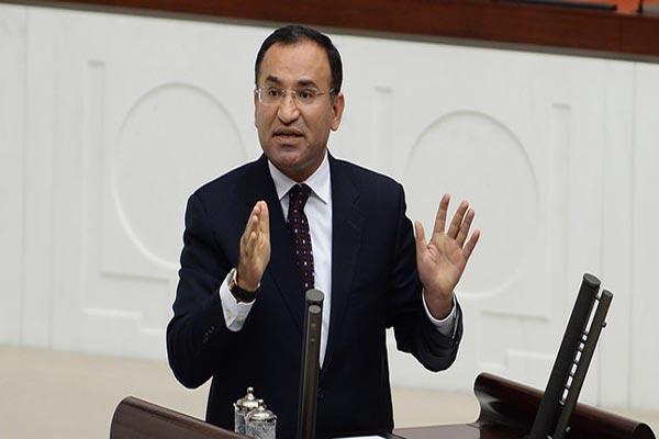 وزير العدل التركي بكر بوزداغ