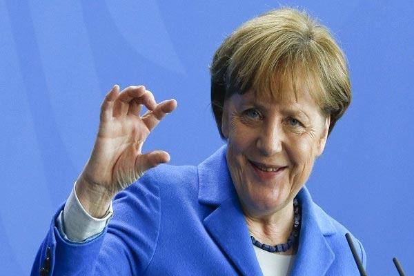 المستشارة الألمانية ترد على انتقادات إردوغان