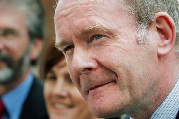 السياسي الايرلندي الشمالي الراحل مارتن ماكغينيس