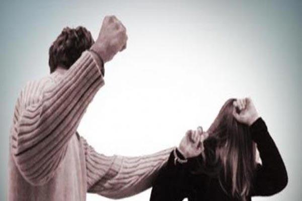 المتزوجات أكثر النساء تعنيفًا في المغرب
