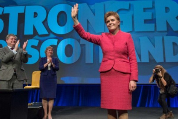 رئيسة حكومة اسكتلندا نيكولا ستورجن