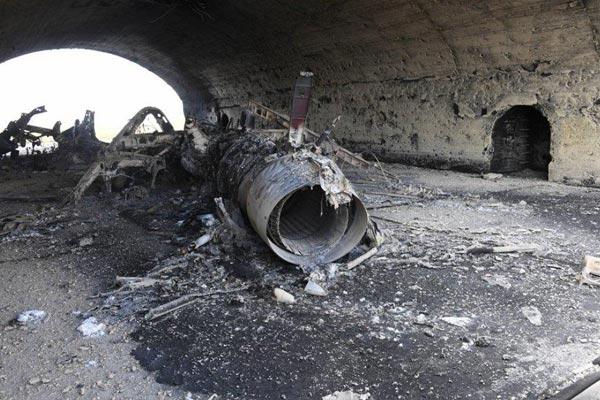 مطار الشعيرات كما بدا بعد الضربة الأميركية
